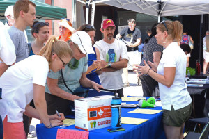 Members of the Solar Roof Dynamics team help consumers learn more about going solar.